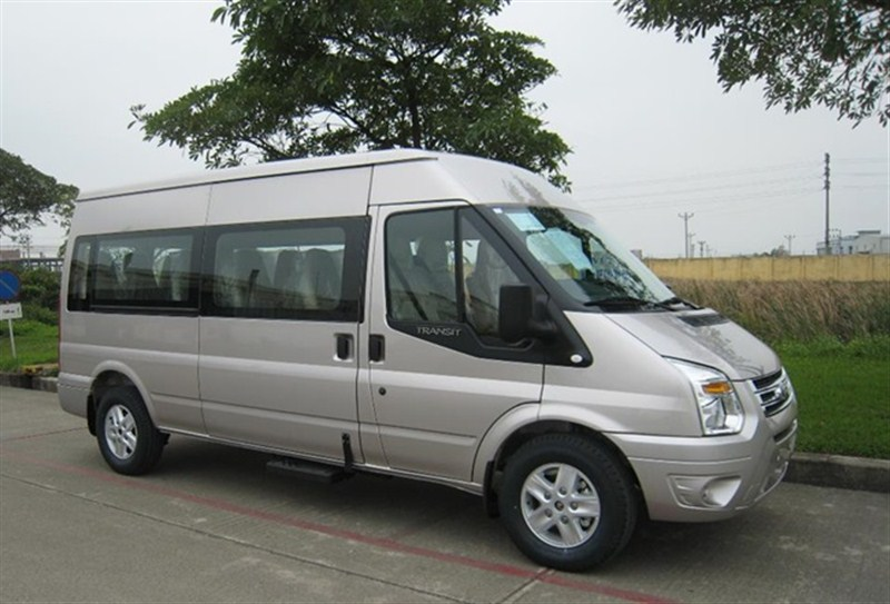 ford-transit--mau-xe-thuong-mai-an-tuong-tai-viet-nam-phan-2-01
